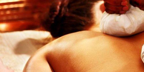 Ayurveda Hindú Essence Massage